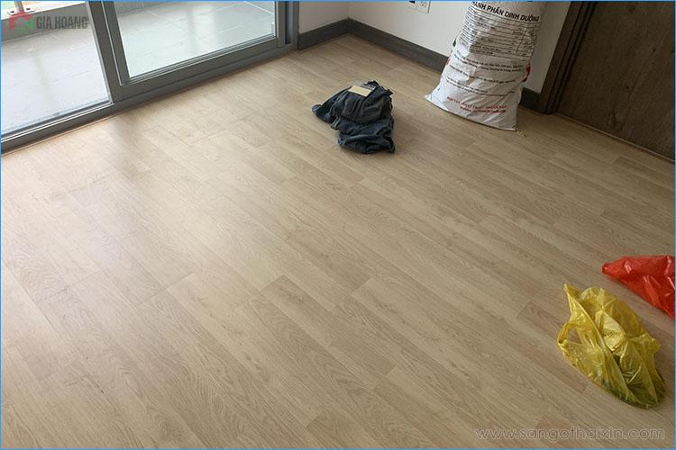 thi công sàn gỗ thaixin cốt xanh vf20659 chung cư hcm