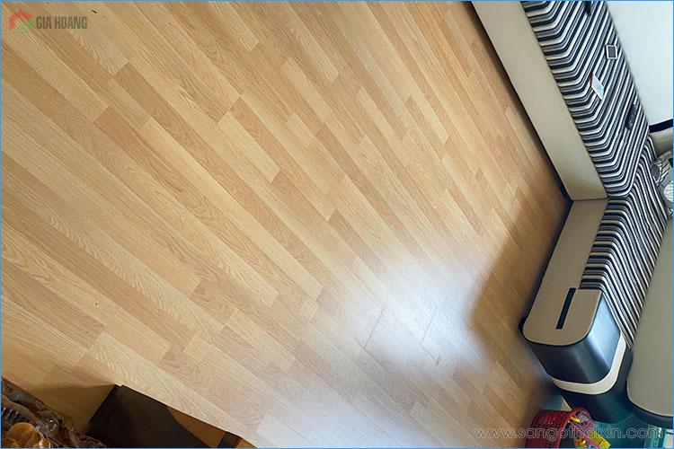 Thực tế bề mặt sàn gỗ Thaixin VF3061