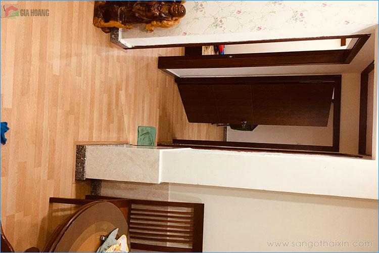 Lót sàn gỗ vân chia ô cho chung cư căn hộ