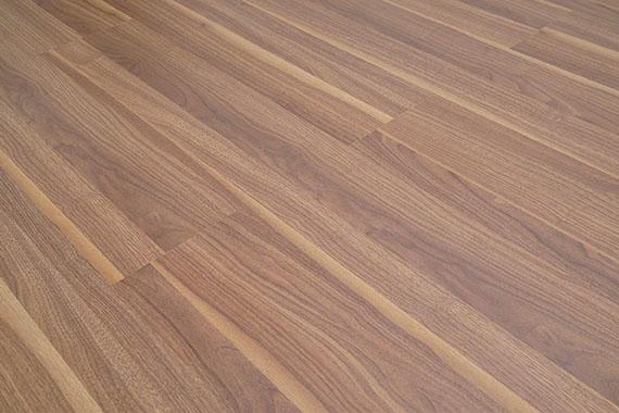 Sàn gỗ Thái Lan Thaixin cốt xanh 12mm